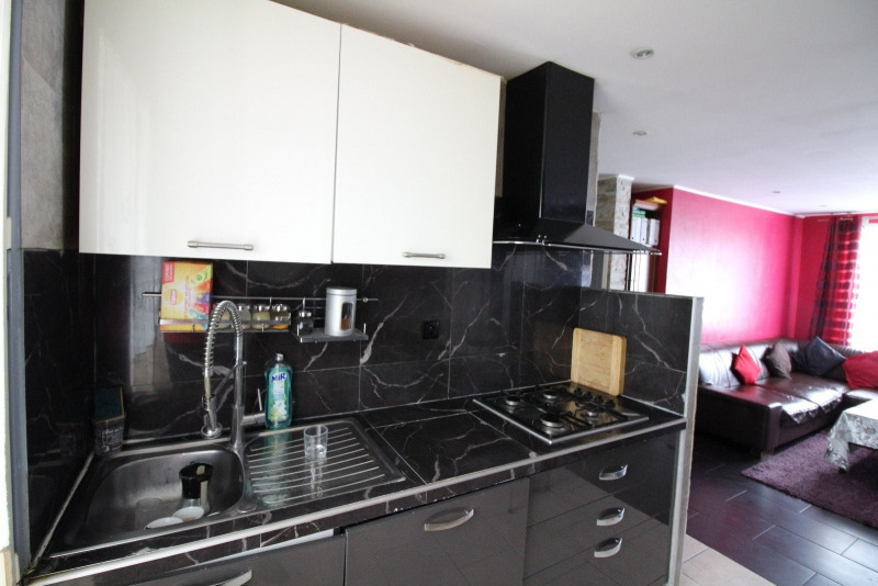 Vente appartement Bourgoin jallieu 107 000€ - Photo 3