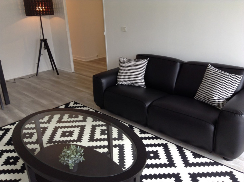 Rental apartment Fontainebleau 1550€ CC - Picture 3
