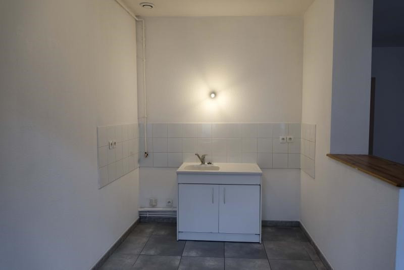 Location appartement Nantua 419€ CC - Photo 4