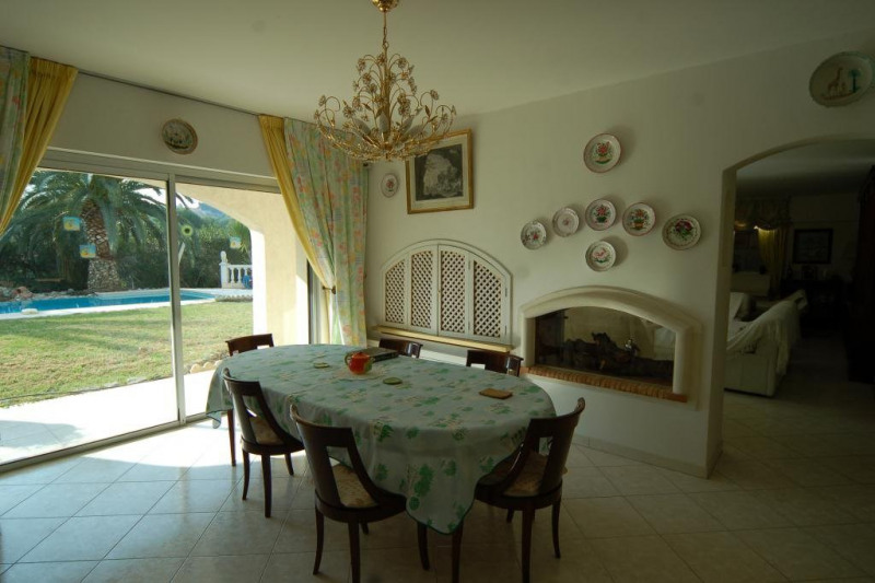 Deluxe sale house / villa Antibes 1 650 000€ - Picture 5