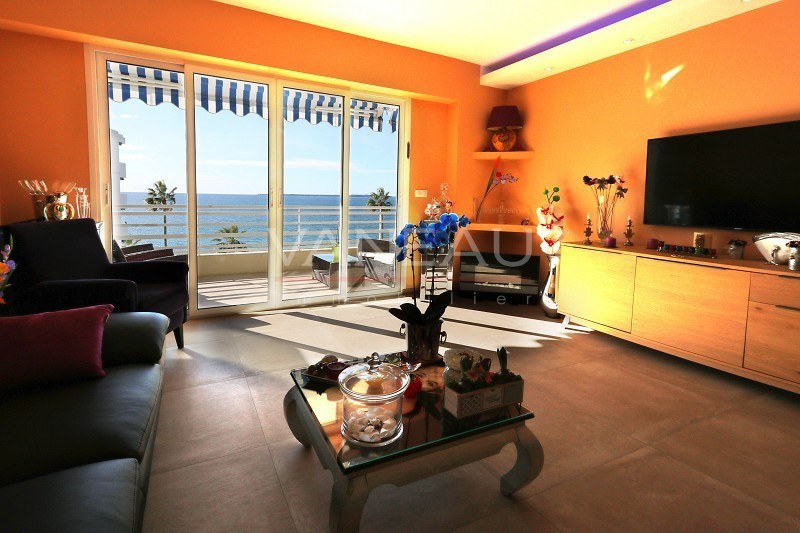 Vente de prestige appartement Juan les pins 492 900€ - Photo 2