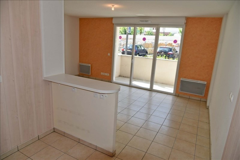 Location appartement Collonges 573€ CC - Photo 2