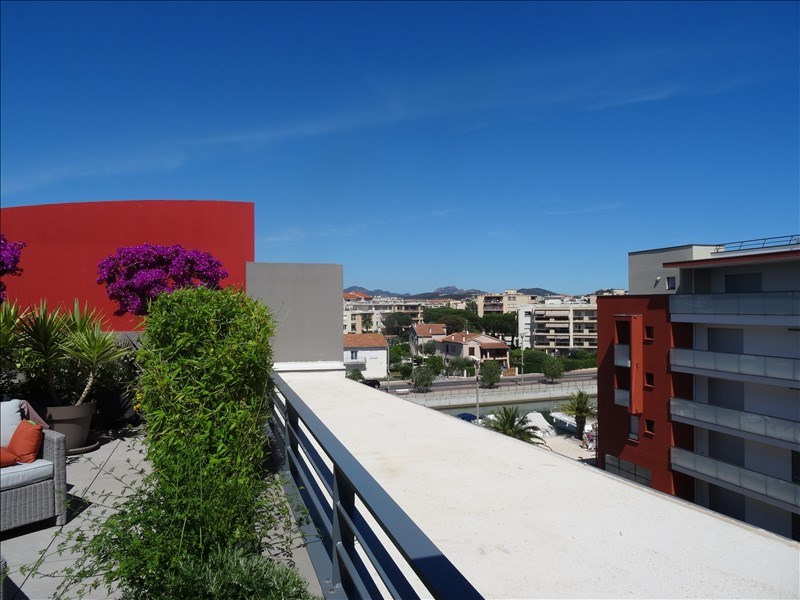 Deluxe sale apartment Frejus 576 000€ - Picture 8