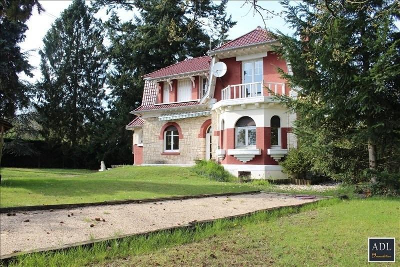 Deluxe sale house / villa Lamorlaye 616550€ - Picture 1
