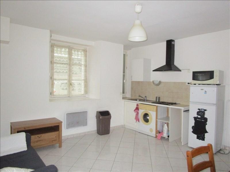 Location appartement Versailles 1090€ CC - Photo 2