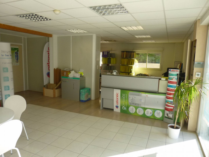 Location local commercial Morieres les avignon 4 000€ HC - Photo 13