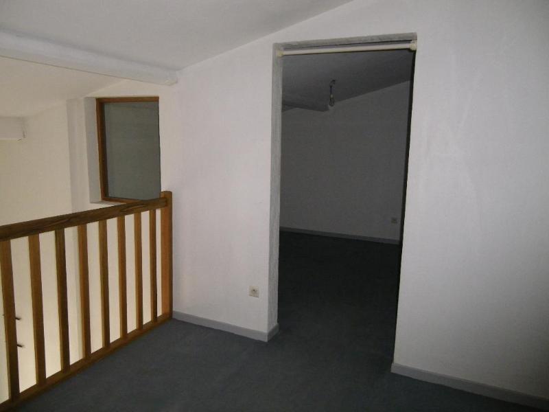 Location appartement Aix en provence 891€ CC - Photo 2