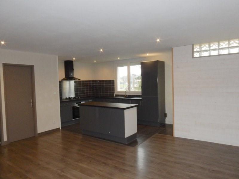 Sale house / villa Le passage 132000€ - Picture 2