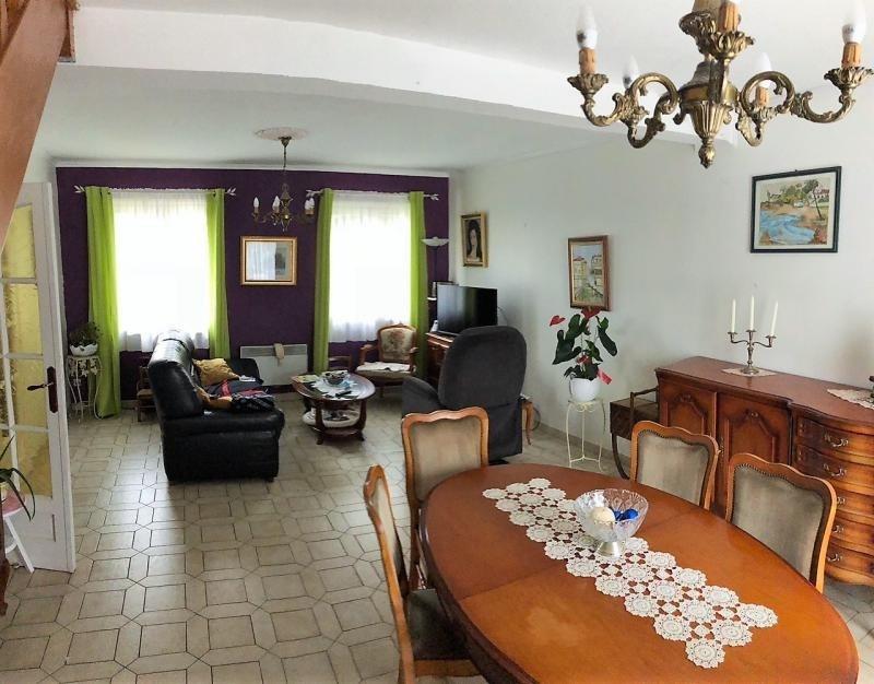 Sale house / villa Carvin 229500€ - Picture 2