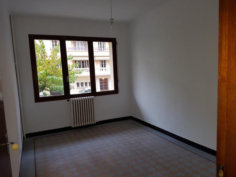 Location appartement Aix-en-provence 972€ CC - Photo 4