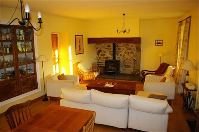 Sale house / villa Louvie juzon 395000€ - Picture 3