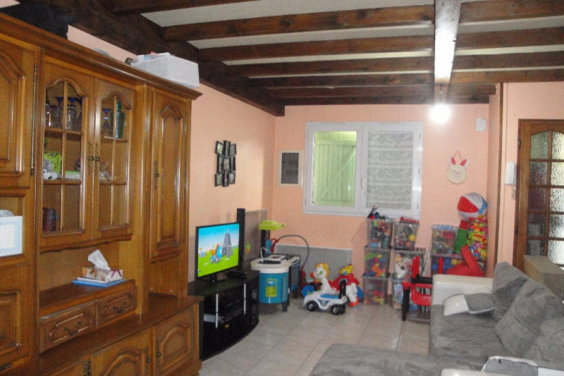 Rental house / villa Roquefort 610€ CC - Picture 3