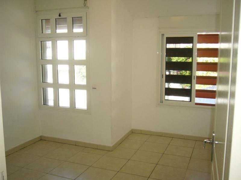 Rental apartment St denis 721€ CC - Picture 7