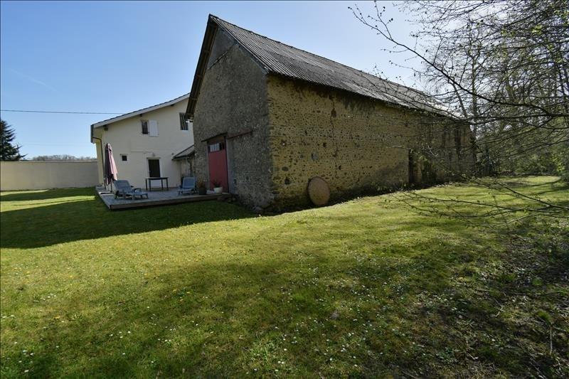 Sale house / villa Espoey 276000€ - Picture 1