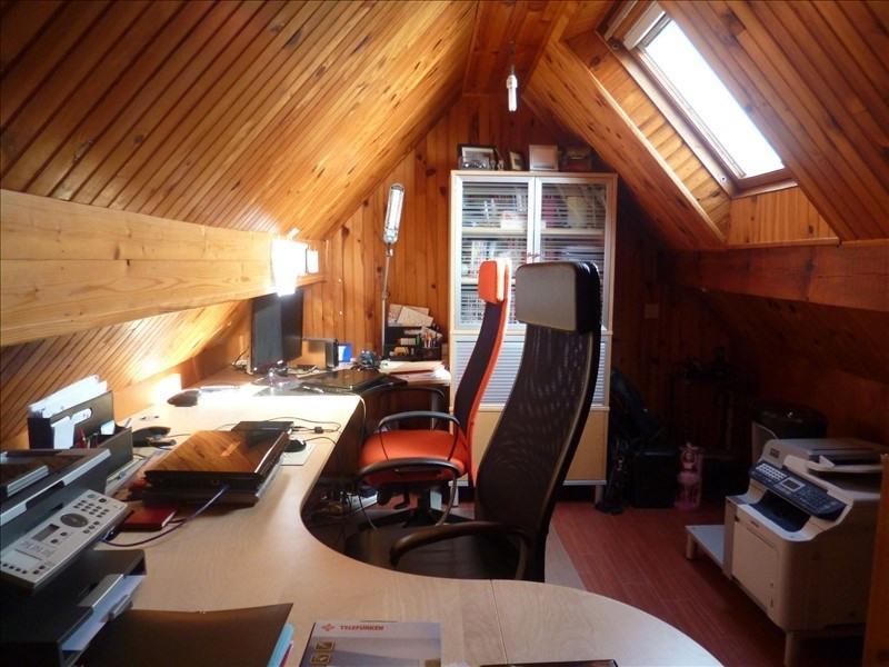 Sale house / villa Feucherolles 750000€ - Picture 9