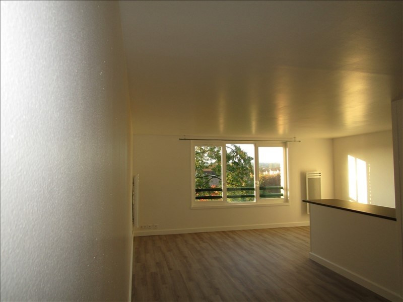 Location appartement Cergy prefecture 630€ CC - Photo 3
