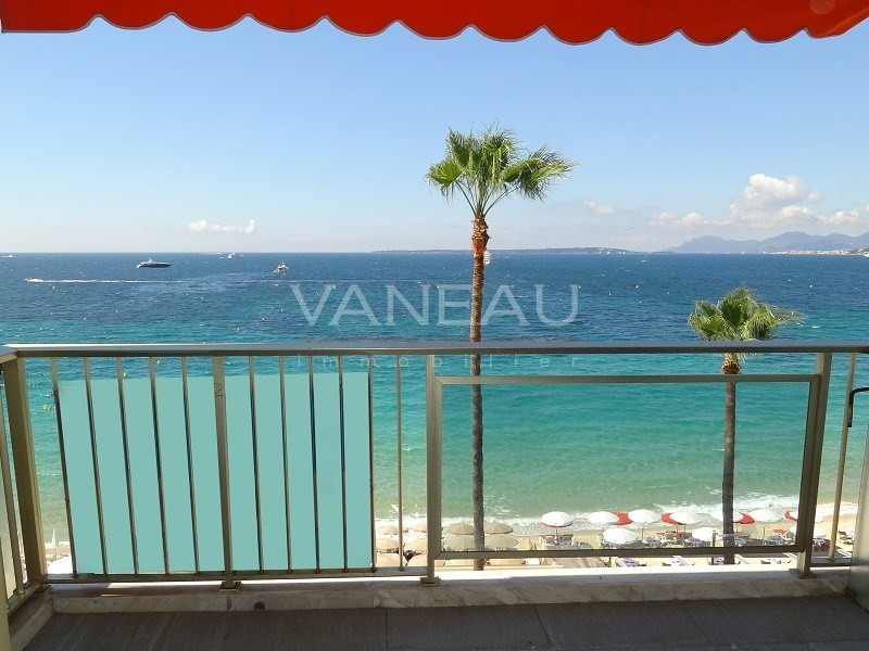 Vente de prestige appartement Juan-les-pins 667800€ - Photo 5