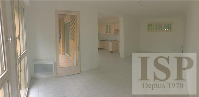 Location appartement Eguilles 874€ CC - Photo 5