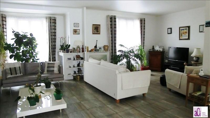 Sale house / villa L hay les roses 955000€ - Picture 2