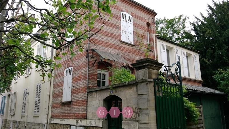 Location maison / villa Poissy 890€ CC - Photo 1