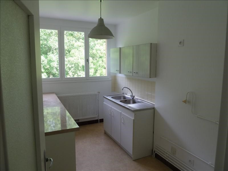 Rental apartment Andresy 775€ CC - Picture 3