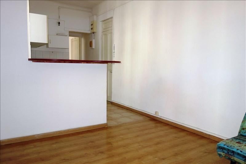 Locação apartamento Toulon 480€ CC - Fotografia 1