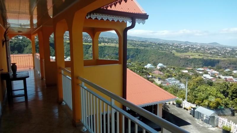 Vente maison / villa Entre deux 360000€ - Photo 2