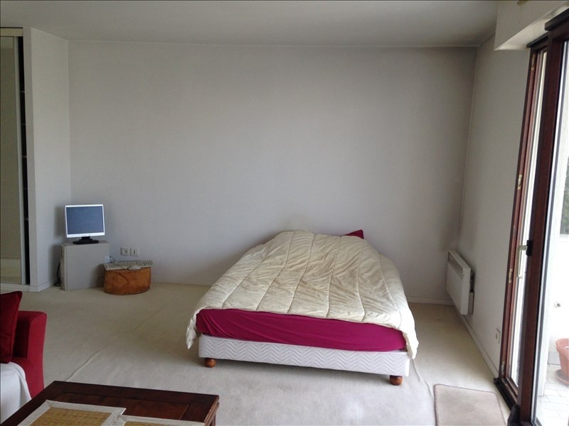 Rental apartment Boulogne billancourt 934€ CC - Picture 3