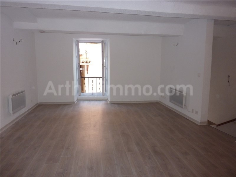 Rental apartment Puget sur argens 440€ CC - Picture 1