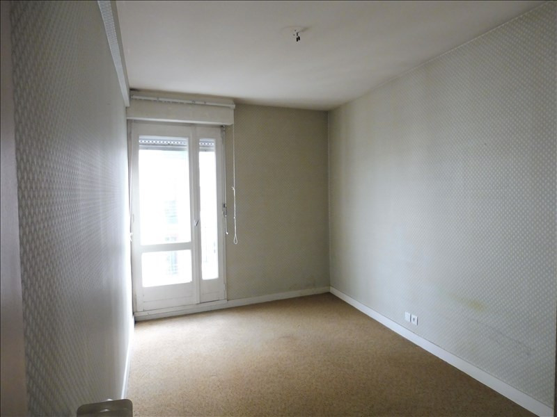 Sale apartment La roche sur yon 107000€ - Picture 6
