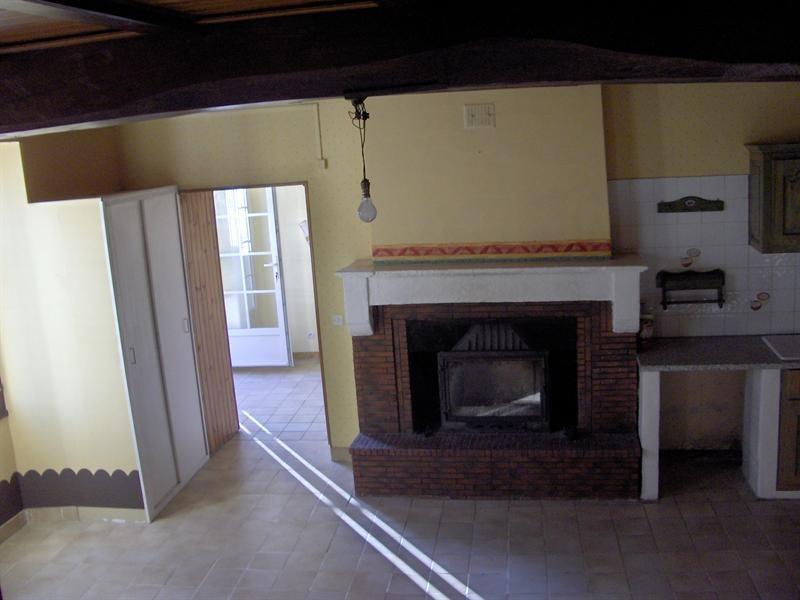 Sale house / villa Saint-jean-d'angély 218200€ - Picture 5