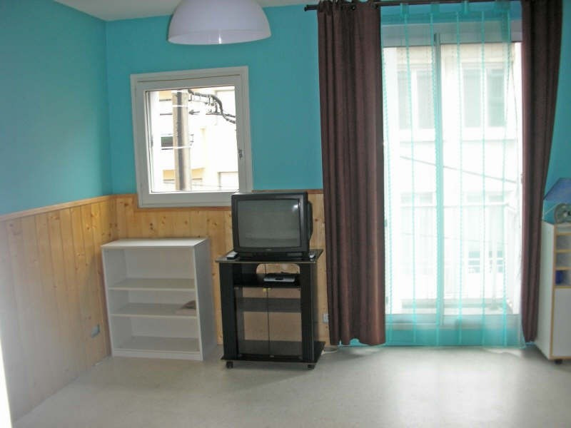 Location appartement Le puy en velay 353€ CC - Photo 1