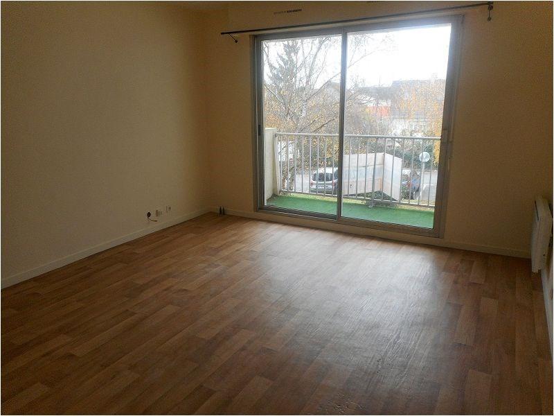 Location appartement Savigny sur orge 786€ CC - Photo 1