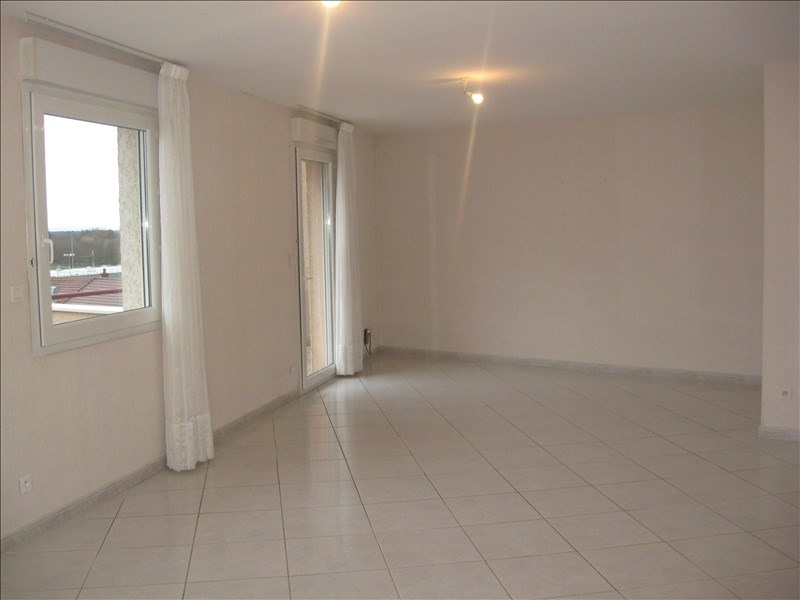 Location appartement Meximieux 930€ CC - Photo 5