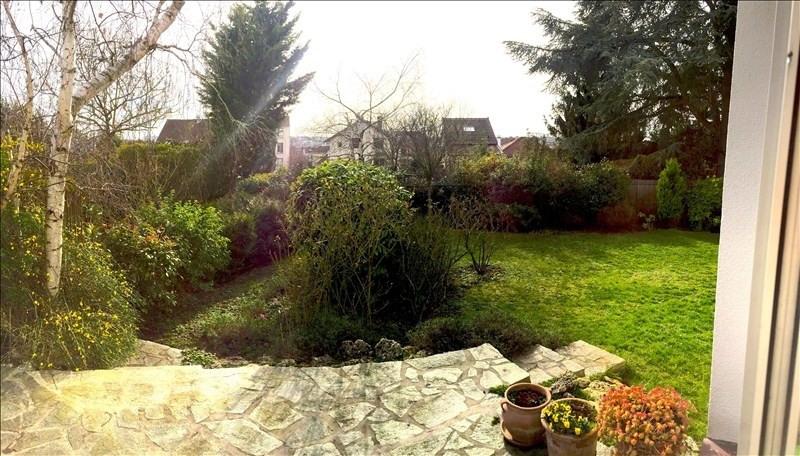 Deluxe sale house / villa Rueil malmaison 1020000€ - Picture 2