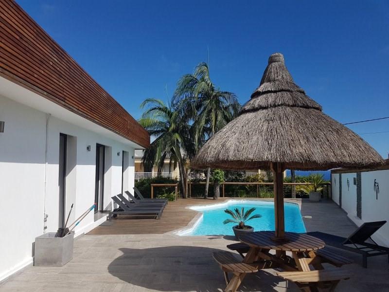 Sale house / villa St joseph 450000€ - Picture 1