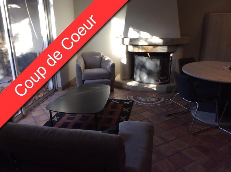 Location maison / villa Aix en provence 1100€ CC - Photo 2