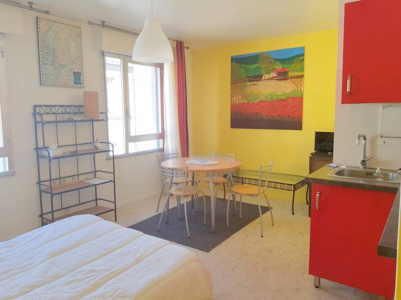 Rental apartment Avignon 450€ CC - Picture 2