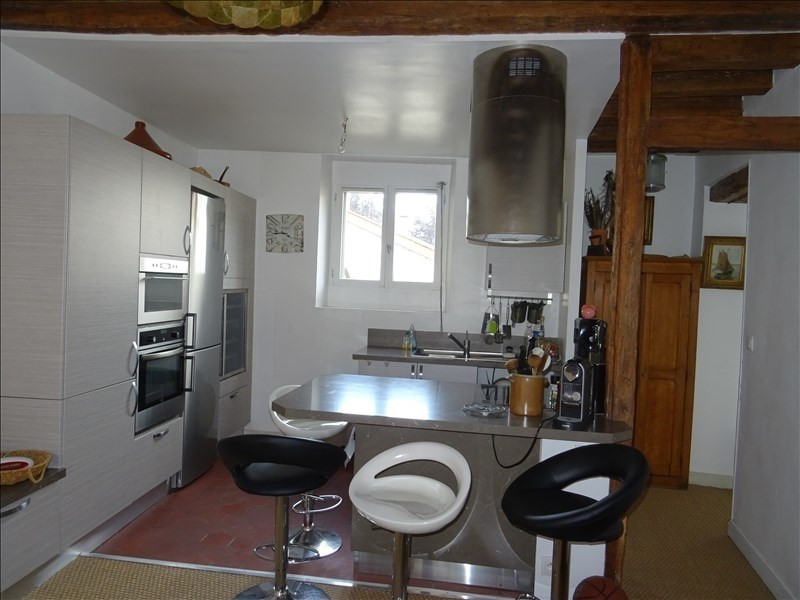 Rental apartment Le port marly 1 250€ CC - Picture 2