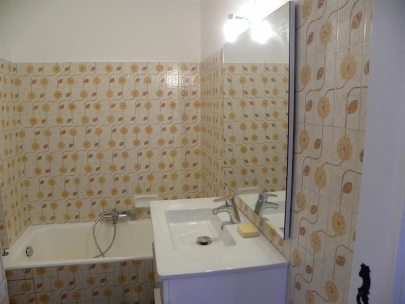 Location vacances appartement Bandol 300€ - Photo 5