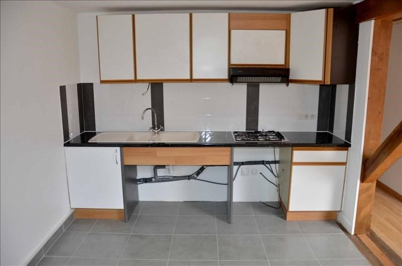 Location appartement Nantua 350€ CC - Photo 4