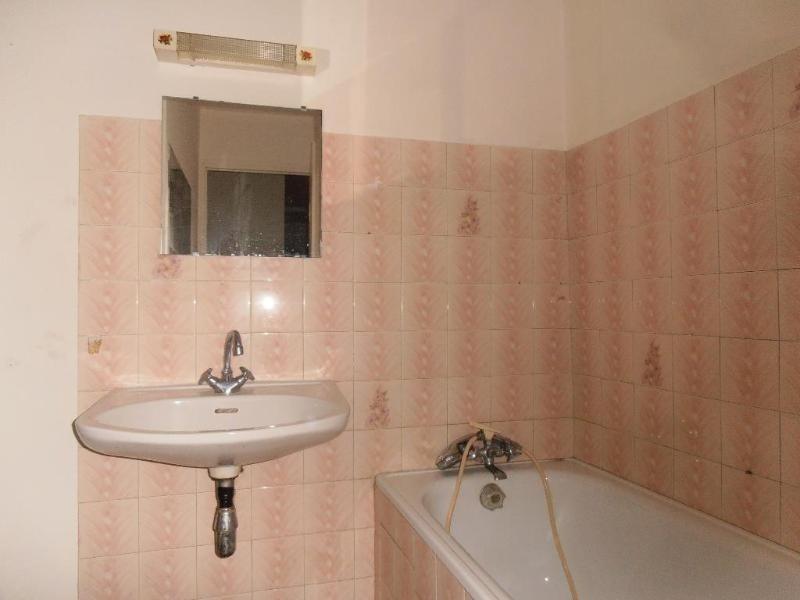 Location appartement Nantua 289€ CC - Photo 3
