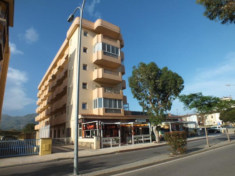 Vacation rental apartment Roses-santa margarita 272€ - Picture 1