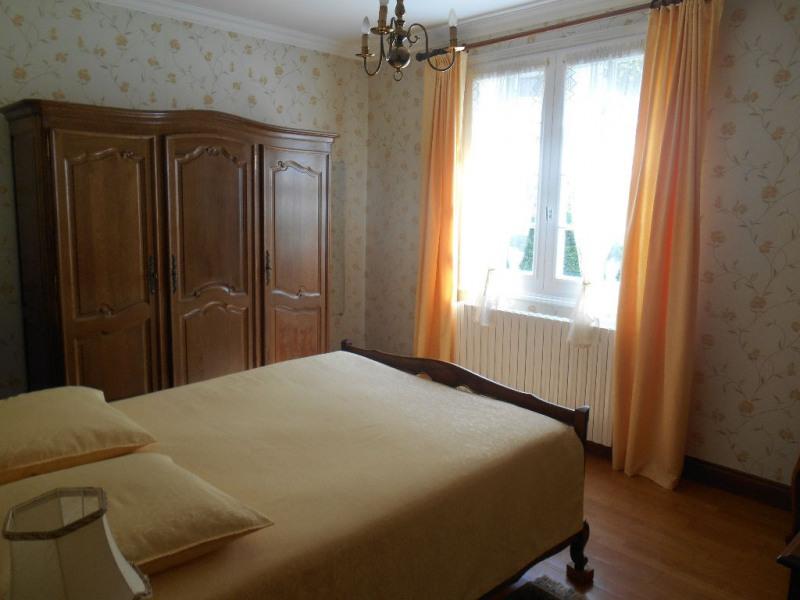 Sale house / villa Crevecoeur le grand 177000€ - Picture 5