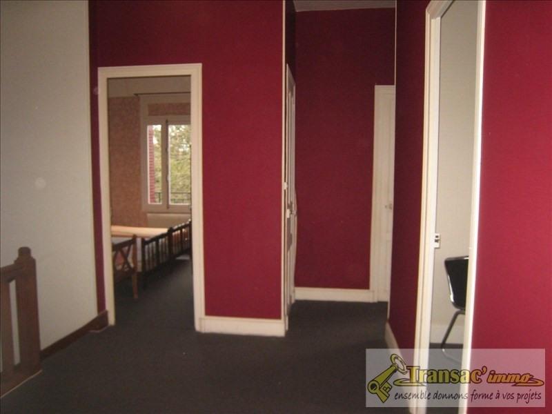 Sale house / villa Puy guillaume 110210€ - Picture 5