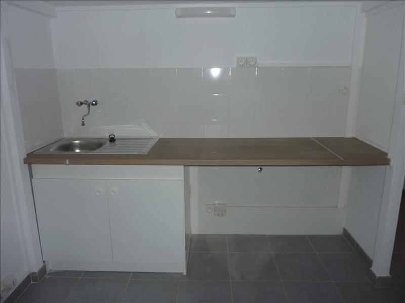 Rental apartment Marseille 6ème 570€ CC - Picture 3