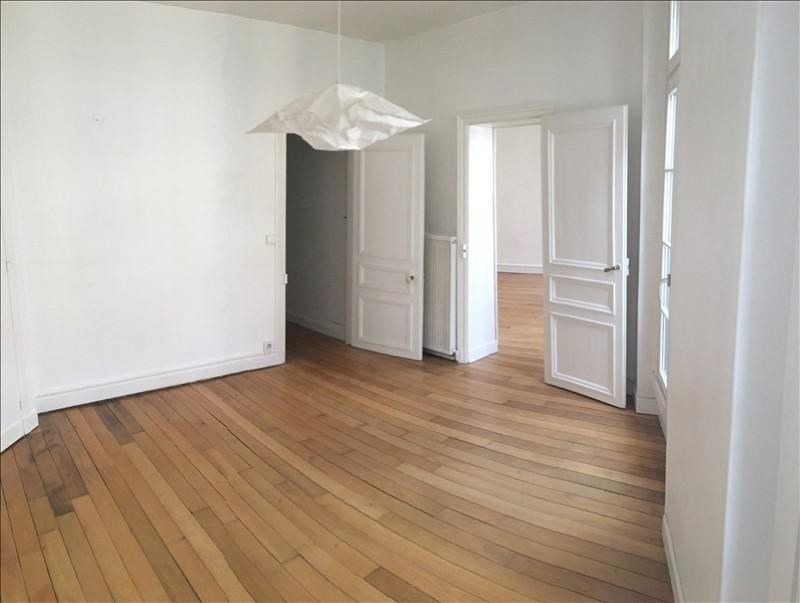 Location appartement St germain en laye 1 890€ CC - Photo 2