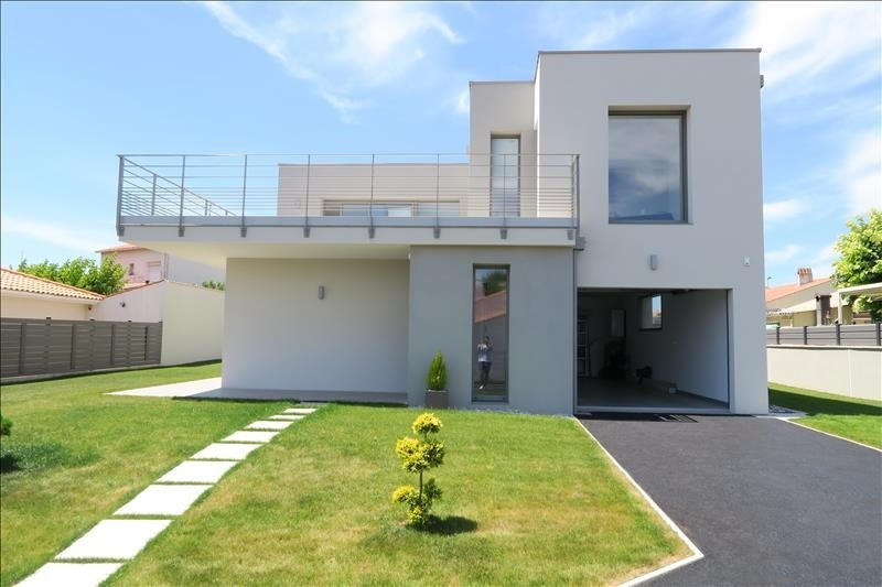 Deluxe sale house / villa Royan 660 000€ - Picture 1