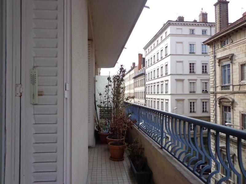 Location appartement Lyon 6ème 1756€cc - Photo 3