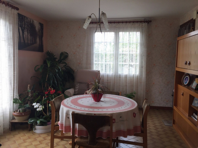 Sale house / villa Grosbreuil 147 700€ - Picture 5